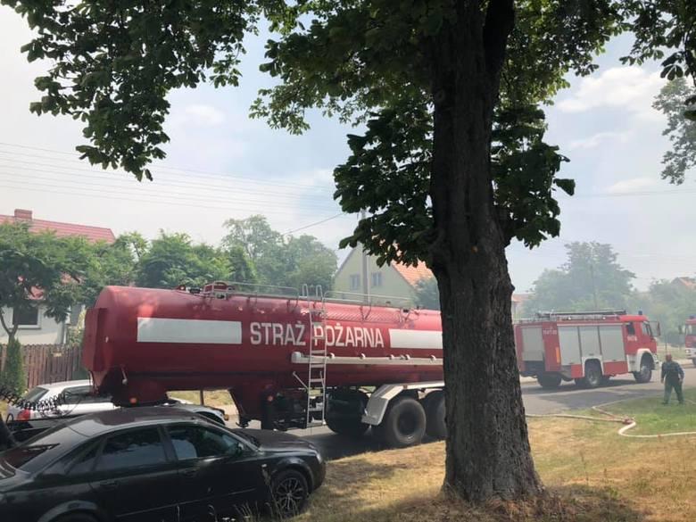 Pożar w Brzeźnie zagrażał mieszkańcom. Władze były gotowe ich ewakuować.