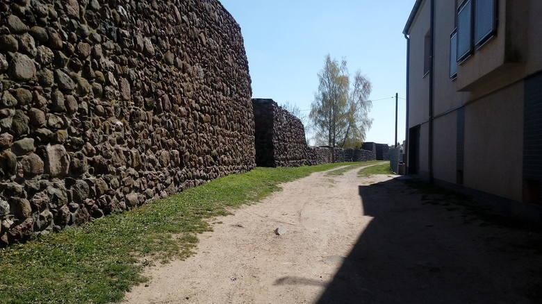Mury obronne od zawsze uchodzą za wizytówkę Strzelec Krajeńskich. Dopiero jednak po rewitalizacji widać ich prawdziwą wartość, choć niektóre odcinki muszą jeszcze na zmiany nieco poczekać...
