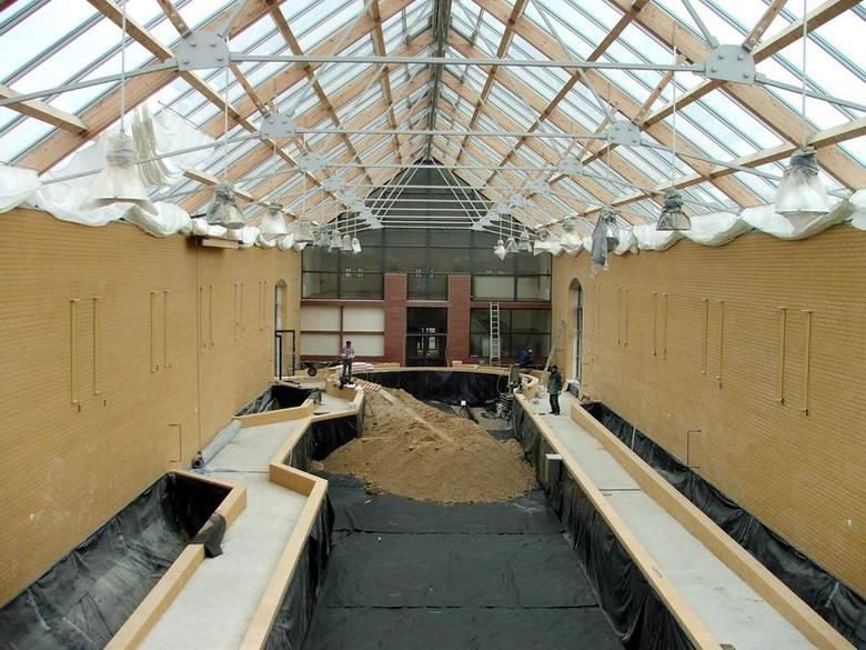 W budynku oranżerii do wykonania pozostały tylko drobne prace wykończeniowe. Rozpoczęto przygotowywanie podłoża dla roślin. Zwiedzającym obiekt udostępniony