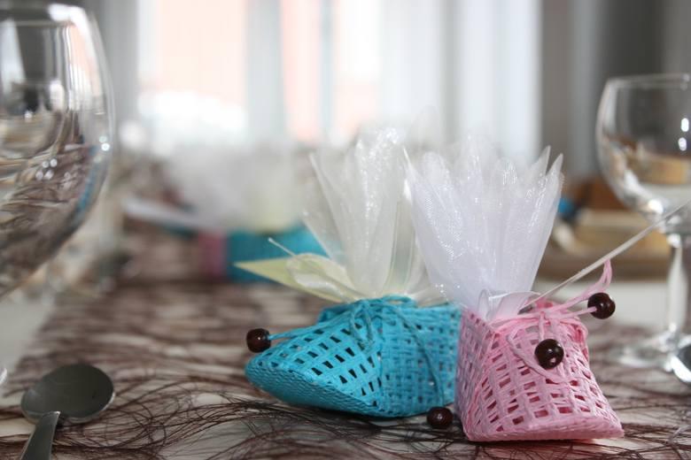 Baby shower to przyjęcie organizowane dla przyszłej mamy przez jej przyjaciółki i najbliższą rodzinę. W Polsce popularność baby shower wciąż rośnie.