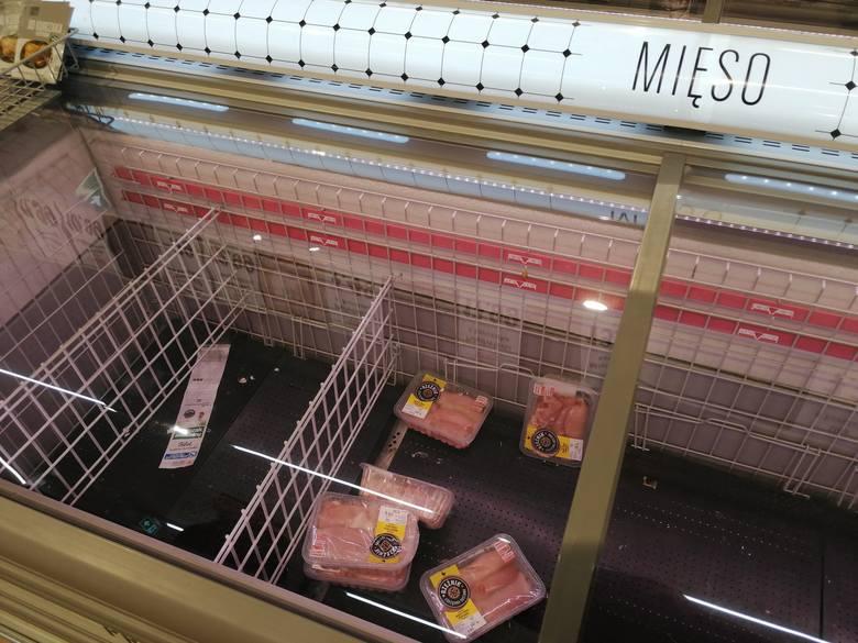 Tak w sobotę wyglądała sytuacja w gorzowskich sklepach i galeriach handlowych.