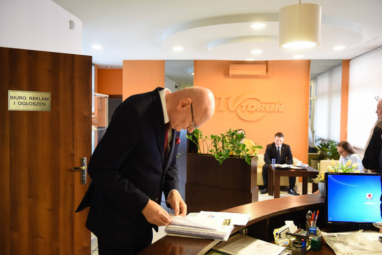 """Debata prezydencka współorganizowana przez """"Nowości"""" odbyła się dziś w siedzibie Telewizji Toruń. Wzięli w niej udział kandydaci, który"""