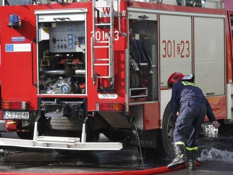 Police: Podpalili budynek firmy i uciekli
