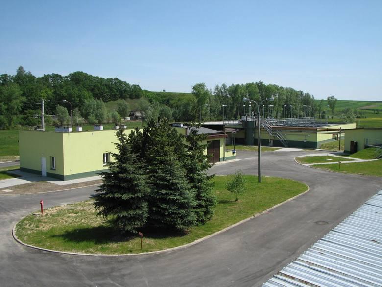 Na terenie oczyszczalni ścieków w Słomnikach powstaje nowy Punkt Selektywnej Zbiórki Odpadów Komunalnych, a latem tego roku rusza prace przy modernizacji