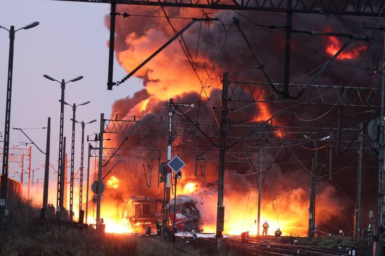 To była największa w regionie katastrofa kolejowa. 8 listopada 2010 roku maszyniści prowadzący dwie lokomotywy pociągu z Płocka do Sokółki nie zareagowali