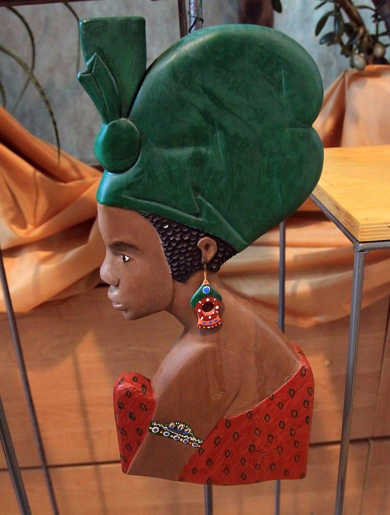 Afrykańskie maski w łódzkiej palmiarni [ZDJĘCIA]