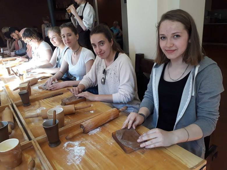 Młodzież z ZSCKP w Grubnie pożegnała zaprzyjaźnioną grupę z partnerskiej szkoły w Hann. Münden.To już ósmy rok ich współpracy.  Tematem przewodnim były