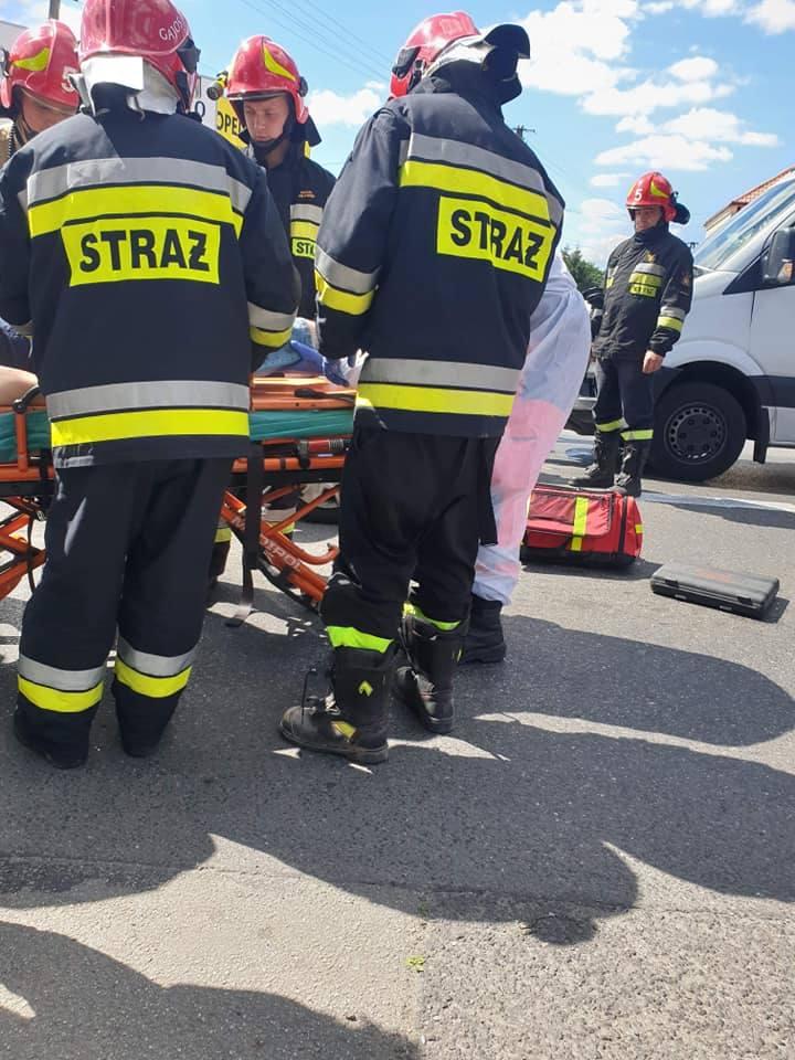 Wypadek w Zielonkach - zderzenie trzech pojazdów na ul. Krakowskie Przedmieście