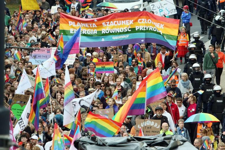 Marsz Równości przeszedł ulicami Lublina. Zobacz zdjęcia i wideo