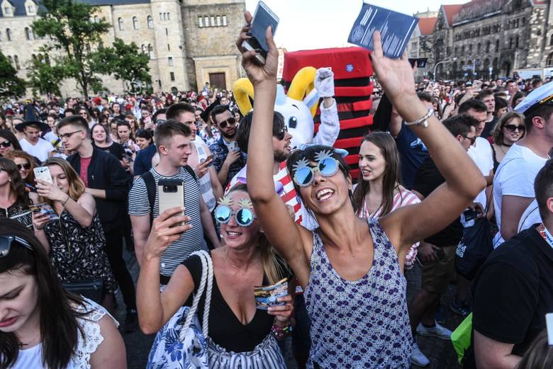 Nieco ponad 100 tysięcy osób studiowało w stolicy Wielkopolski w roku akademickim 2019/2020. Które uczelnie są najpopularniejsze? Ile osób na nich studiuje?