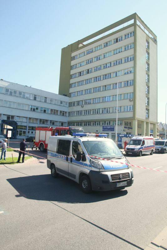 Alarm bombowy w Izbie Skarbowej w Kielcach