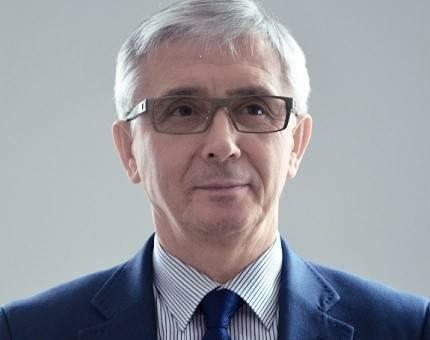 Marek Wójcik 1 grudnia 2014 r. objął tekę podsekretarza stanu w Ministerstwie Administracji i Cyfryzacji. Był odpowiedzialny za współpracę z samorządem,