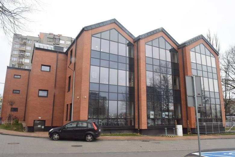 Budynek Młodzieżowego Centrum Kultury i Edukacji Dom Harcerza w Zielonej Górze
