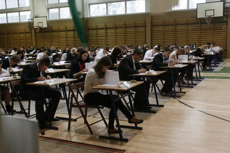 Egzamin zawodowy 2014 z CKE. Egzamin pisemny już 14.01