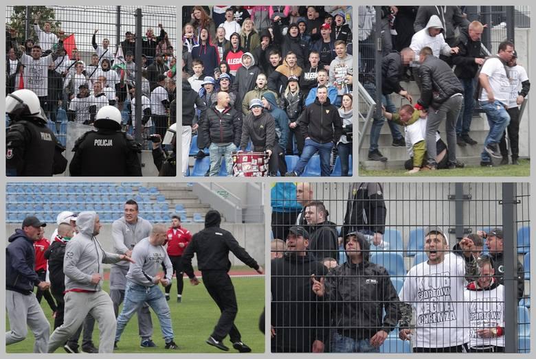 Do dramatycznych wydarzeń doszło w przerwie meczu Włocłavia Włocławek - Legia Chełmża. Kibice obu drużyn wtargnęli na murawę i doszło do bijatyki. Podczas