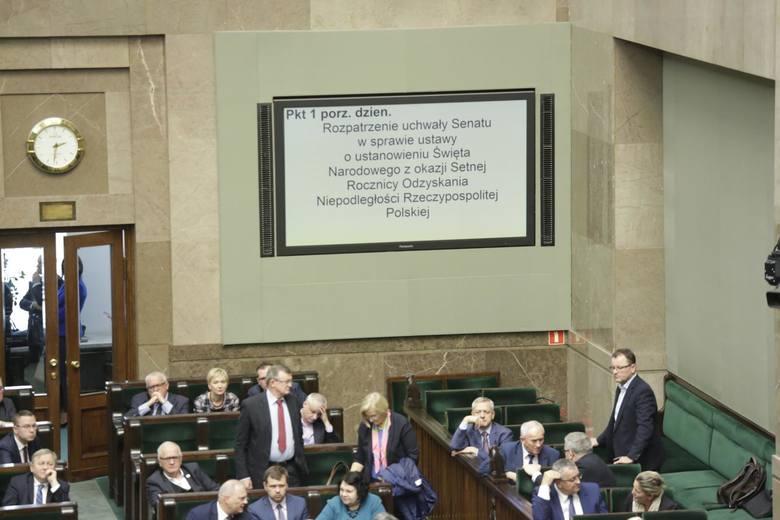 Praca małżonka nareszcie będzie kosztem podatkowym. Sejm uchwalił, prezydent podpisał pakiet uproszczeń dla małych firm!
