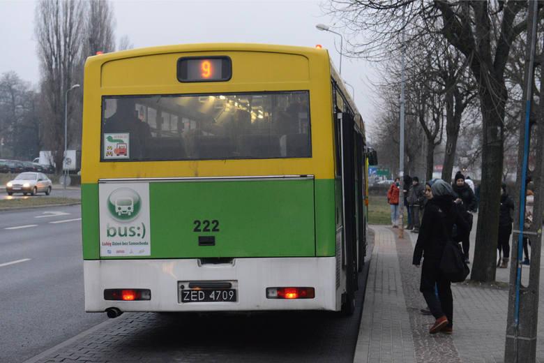 """Jak informuje nas MZK, od dnia 14 do 25 stycznia zostają zawieszone następujące kursy szkolne:* kurs autobusu linii nr """"39"""" z ulicy Batorego o godz."""