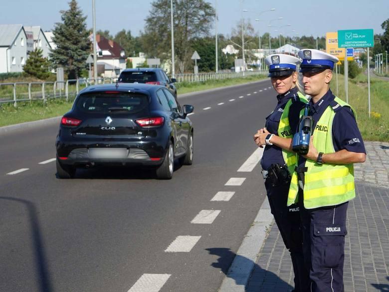 Policjanci z Wydziału Ruchu Drogowego koszalińskiej komendy zorganizowali po raz kolejny działania ukierunkowane na zapewnienie bezpieczeństwa uczestnikom