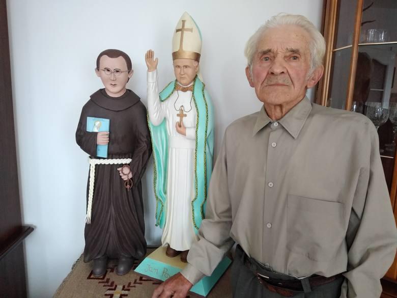 Zaczarowany w drewnie i w obrazach świat braci Franciszka i Piotra Kwitów z Zalesia