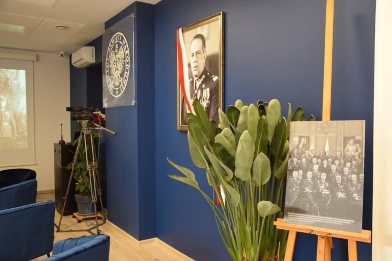 W Częstochowie odbyły się dwa ważne wydarzenia zorganizowane przez IPNZobacz kolejne zdjęcia. Przesuwaj zdjęcia w prawo - naciśnij strzałkę lub przycisk