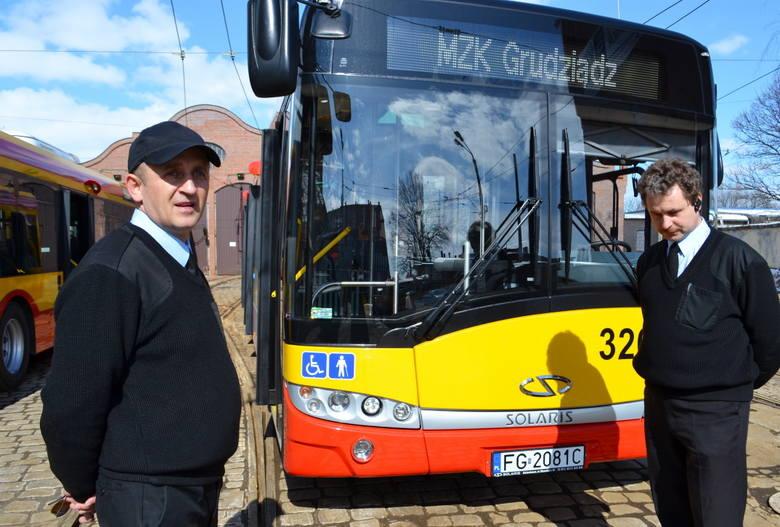 Wzmocniona konstrukcja autobusów jest dostosowana do jazdy w każdych warunkach drogowych i pogodowych.