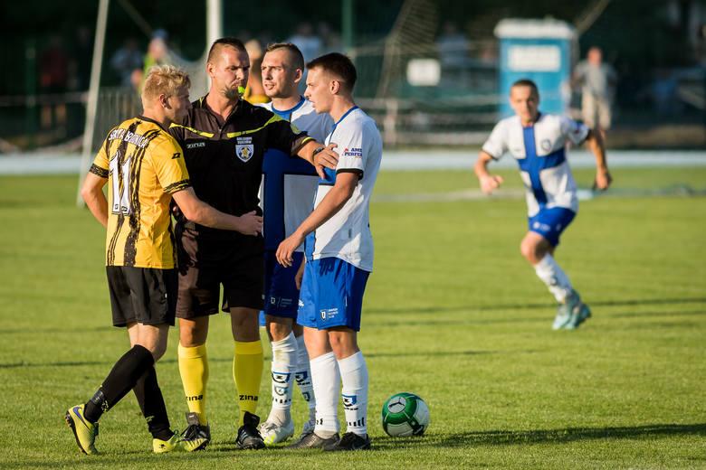 W meczu 4. kolejki IV ligi Zawisza Bydgoszcz zagrał trzeci mecz na własnym boisku przy ul. Sielskiej w Fordonie.Po dwóch meczach (inauguracyjny na boisku