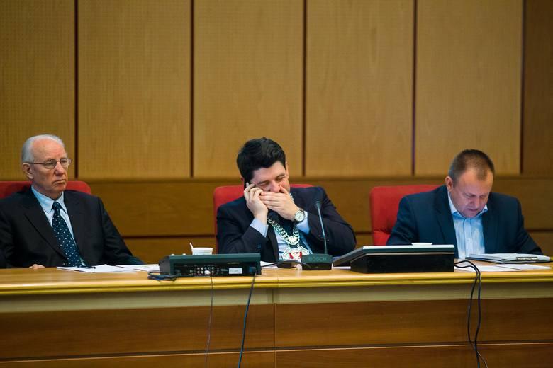 Burzliwie było na sesji rady miasta. Poszło o stadion.