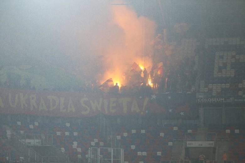 Mecz Górnik Zabrze - Jagiellonia Białystok w 20. kolejce PKO Ekstraklasy oglądało 10.025 widzów. Na Arenie Zabrze pojawiła się duża grupa fanów z Białegostoku,