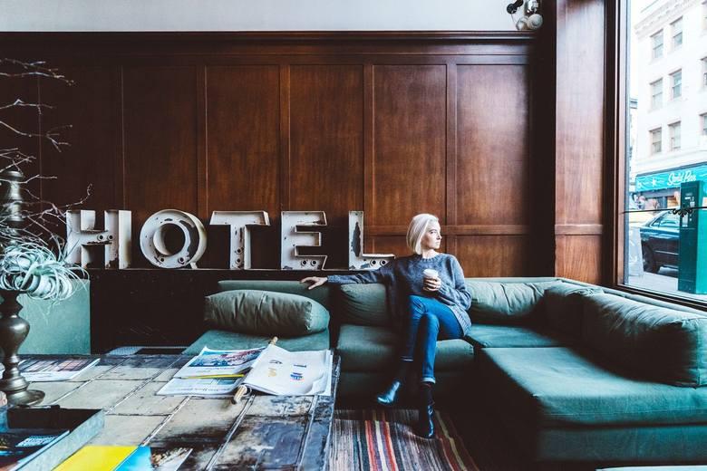 Od 12 lutego otwarte zostają hotele - możliwe obłożenie max. 50 proc. miejsc noclegowych.