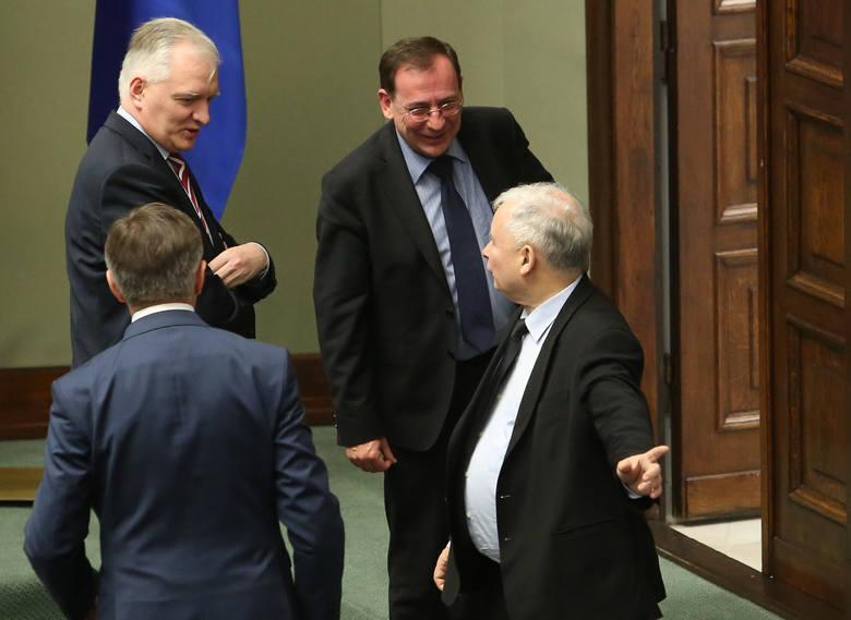 Posiedzenie Sejmu. Na zdjęciu: Jarosław Gowin, Mariusz Kamiński, Jarosław Kaczyński