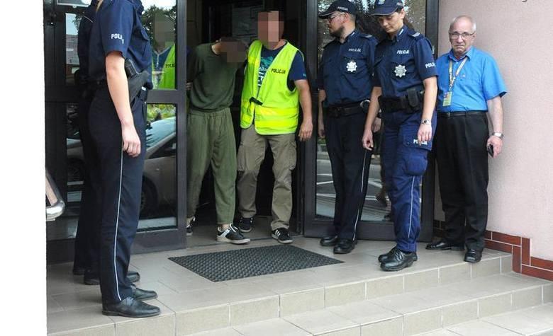 W sprawie głośnego zabójstwa 15-letniej Klaudii i 23-letniej Patrycji zatrzymano trzech mężczyzn, mieszkańców powiatu mogileńskiego. Już wcześniej mieli