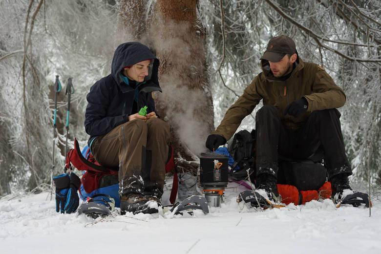 Bez miłości do gór nie bylibyśmy w stanie wytrzymać surowych warunków i odnaleźć w sobie zachwytu nad pięknem natury - mówią Weronika i Sławek. <br />