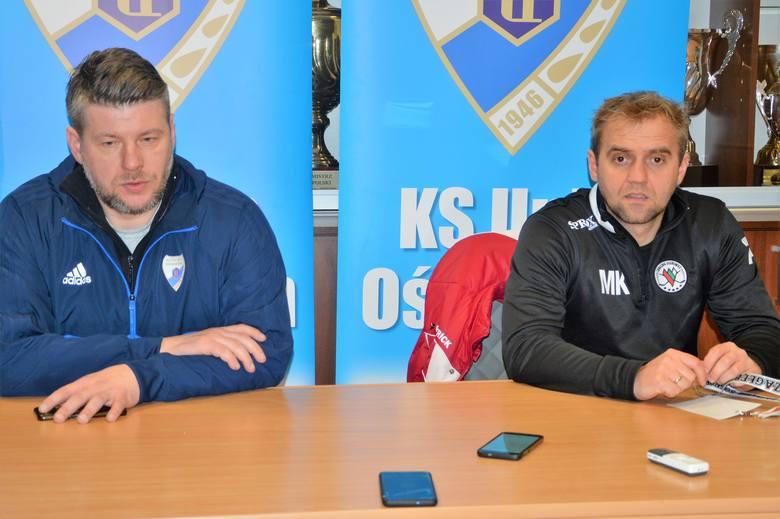 Witold Magiera, trener Unii Oświęcim (z lewej) i Marcin Kozłowski, opiekun sosnowiczan.