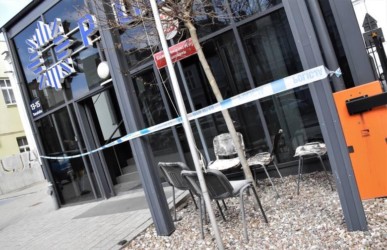 28-letni mężczyzna, który w nocy 22 kwietnia wzniecił ogień w recepcji Komendy Powiatowej Policji w Inowrocławiu usłyszał zarzuty