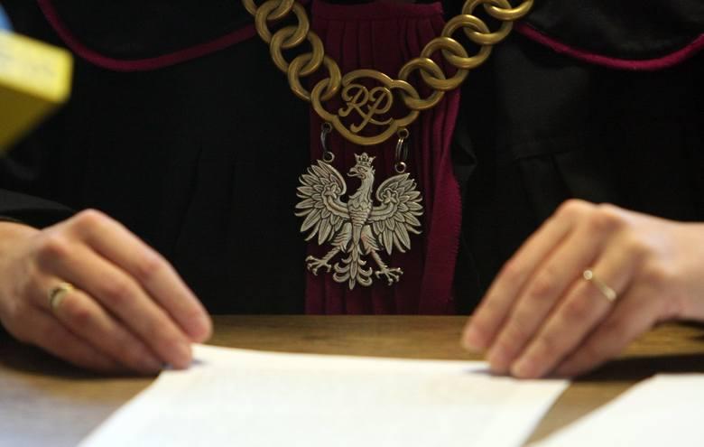 Sąd pomaga w odzyskaniu należności. Robi to jednak wolno.  fot. Wojciech Nieśpiałowski