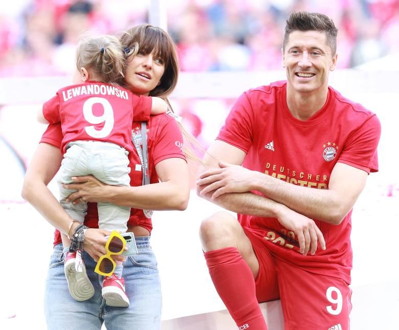 Rodzina Lewandowskich na zdjęciach! Robert znowu zostanie ojcem [GALERIA]