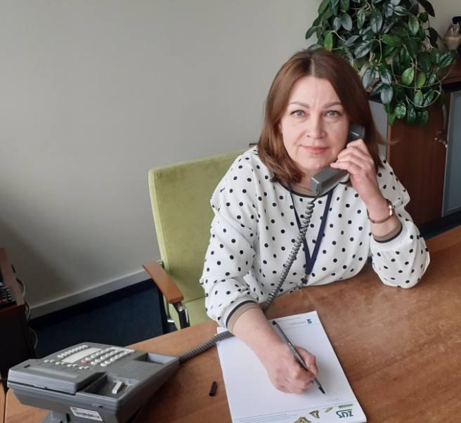 Grażyna Mucha, główny specjalista z Wydziału Koordynacji Usług Świadczeń Emerytalno-Rentowych z oddziału ZUS w Bydgoszczy.