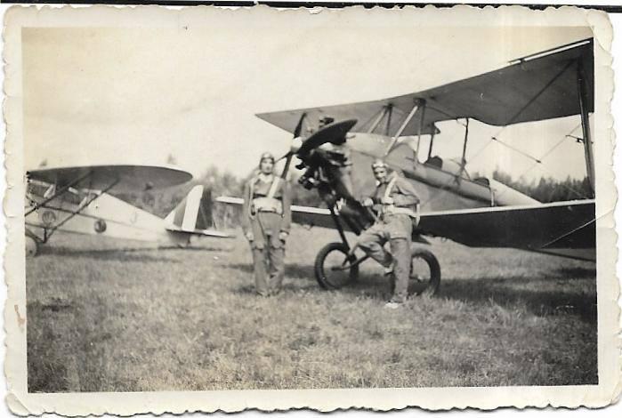 Ezio Micheli (po prawej) na szkoleniu w Casercie (1934 r.)