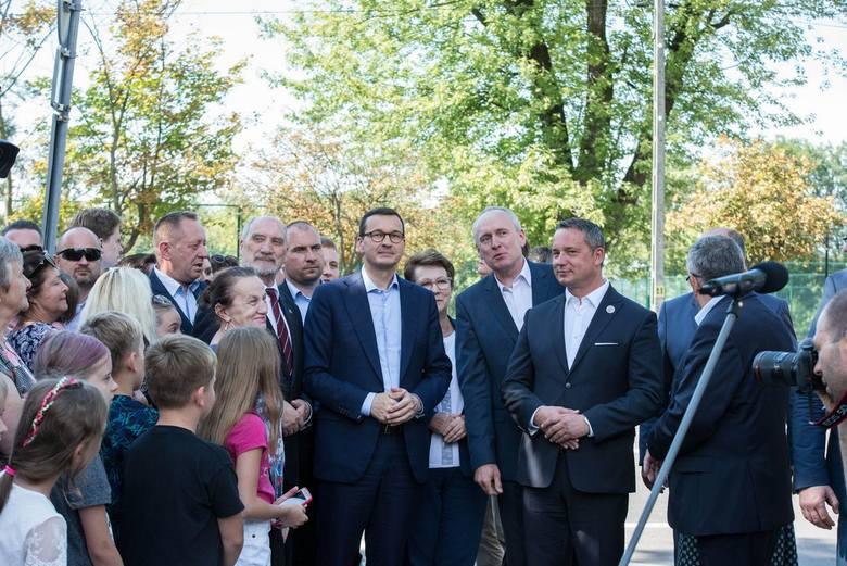 Premier Mateusz Morawiecki spotkał się z mieszkańcami Rawy Mazowieckiej [ZDJĘCIA]