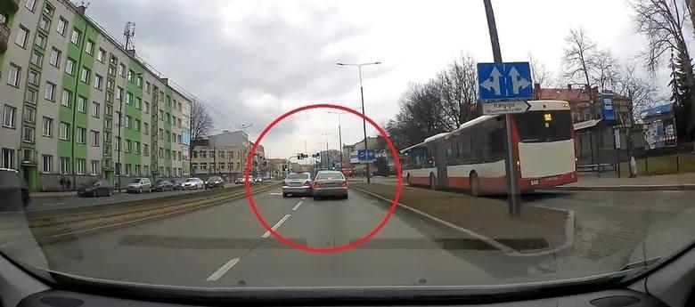 Agresywny taksówkarz z Sosnowca dostał mandat, ale licencji na taksówkę nie straci
