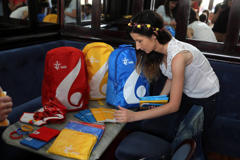 Wyprodukowano 625 tysięcy plecaków dla uczestników ŚDM