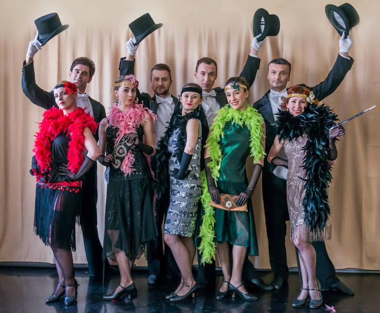 Z tancerzami prześledziliśmy zmieniającą się przez wieki modę