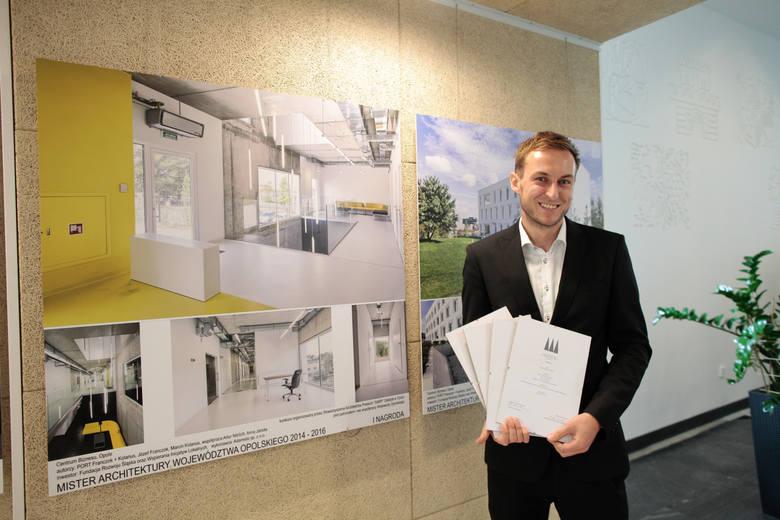 Nagrodę odebrał Marcin Kolanus, współwłaściciel pracowni Port.