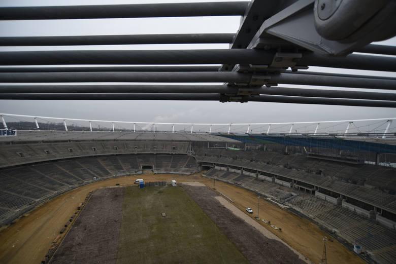 Coraz bardziej realnym terminem otwarcia Stadionu Śląskiego jest połowa 2017 roku. W marcu zostaną rozstrzgnięte dwa ważne przetargi, a wykonawcy będą