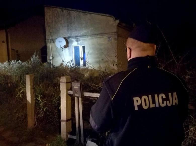 We wtorkowy wieczór w jednym z domów przy ul. Braci Niemojowskich w Kaliszu dokonano makabrycznego odkrycia. Zobacz więcej zdjęć ---->