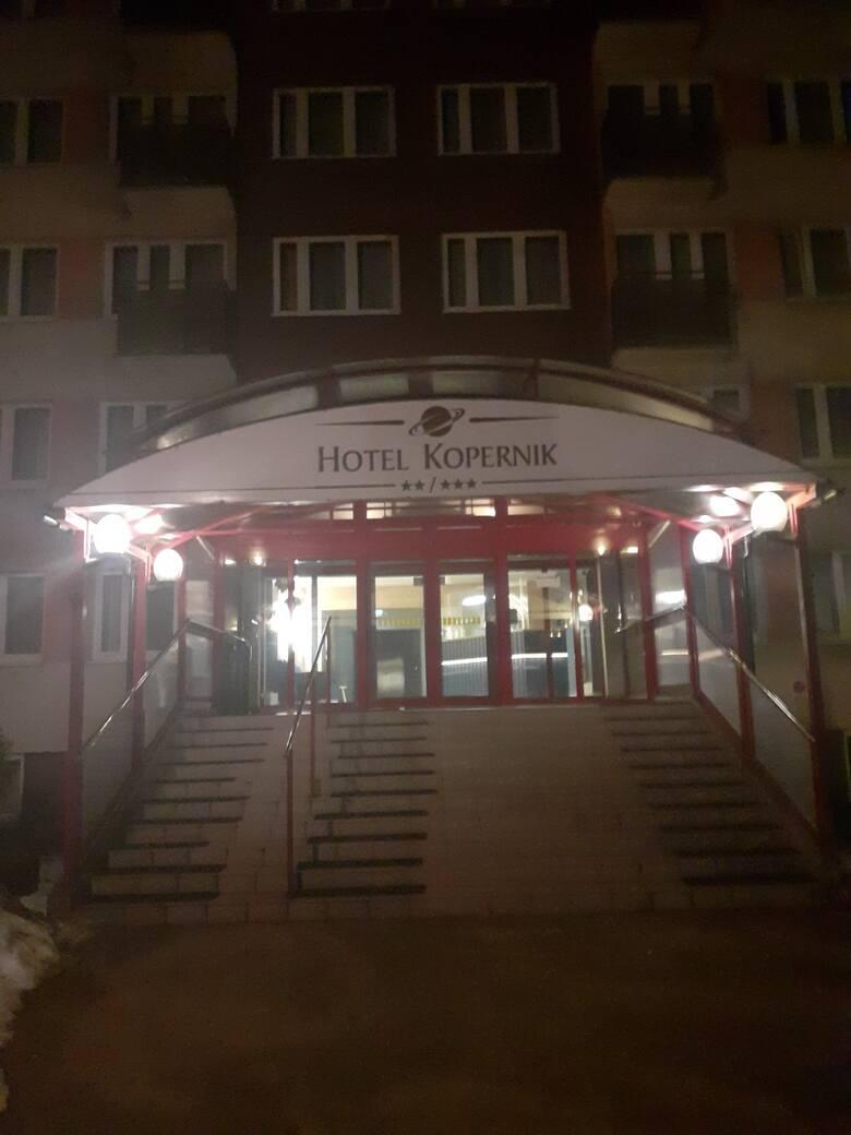 """Wyzysk Mołdawian przy remoncie """"Hotelu Kopernik"""" w Toruniu - PIP zawiadamia prokuraturę!"""