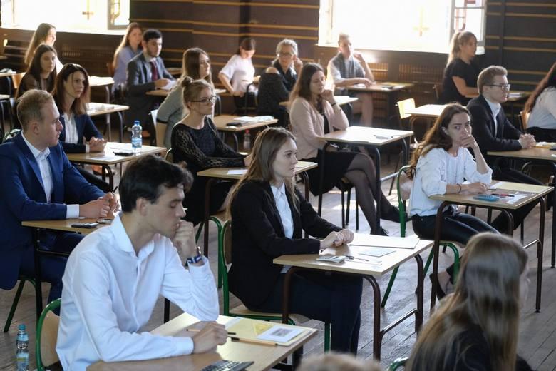 Matura 2018 - język łaciński i kultura antyczna. Dzisiaj drugi dzień egzaminów maturalnych. Po południu maturzyści mogli przystąpić do egzaminu z języka