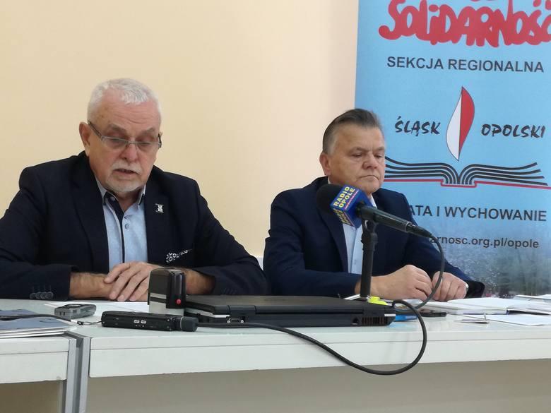 Piotr Pakosz i Zbigniew Stachowski na konferencji prasowej w Opolu mówili, że dotychczas wierzyli w dobre intencje minister Zalewskiej, ale wprowadzane