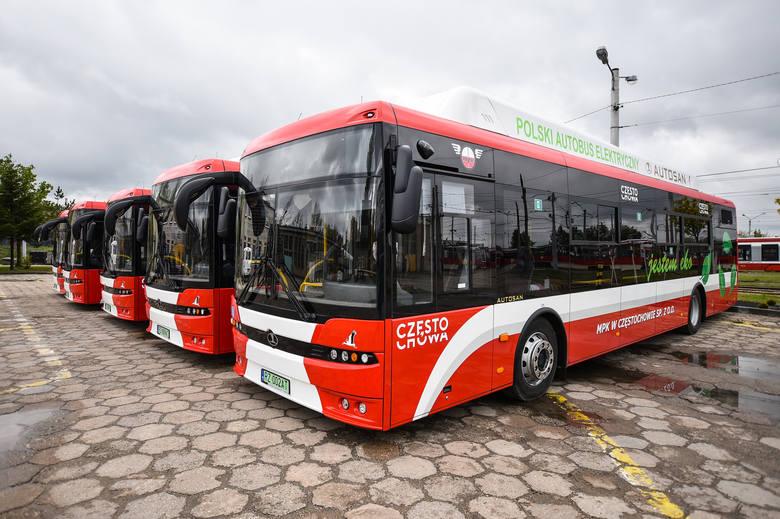 Do częstochowskiego MPK dotarło pięć pierwszych autobusów elektrycznychZobacz kolejne zdjęcia. Przesuwaj zdjęcia w prawo - naciśnij strzałkę lub przycisk