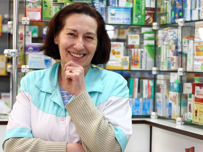 Marta Smoła, magister farmacji właścicielka i kierownik apteki